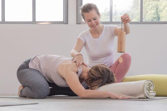 Katharina Brade Personal Yoga PMS Menstruation Workshop Balance Frau Murgtal Baden-Baden Rastatt